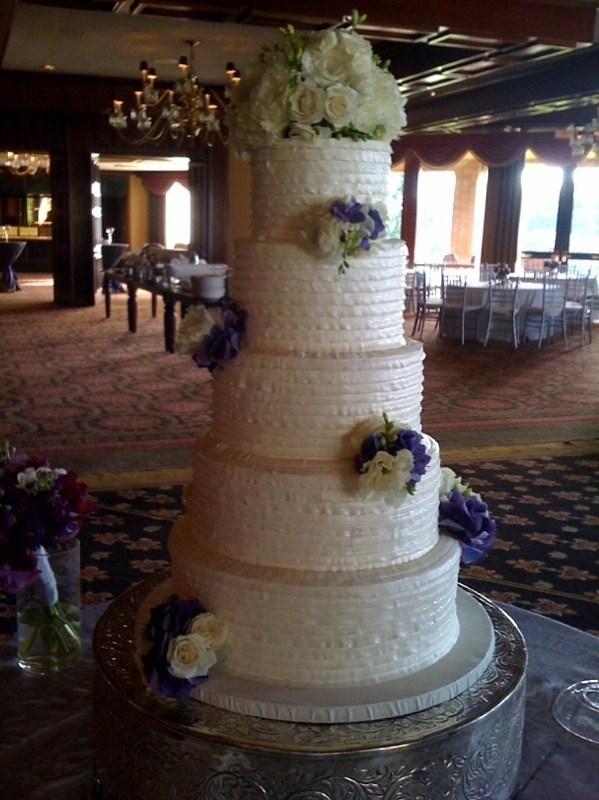Tall-Pleated-Cake