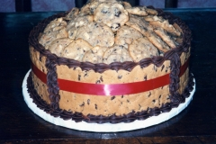 Cookie-Bowl-Cake