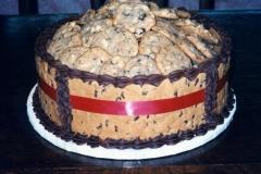 Cookie-Bowl-Cake